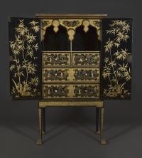 Carlton Hobbs Lacquer Cabinet